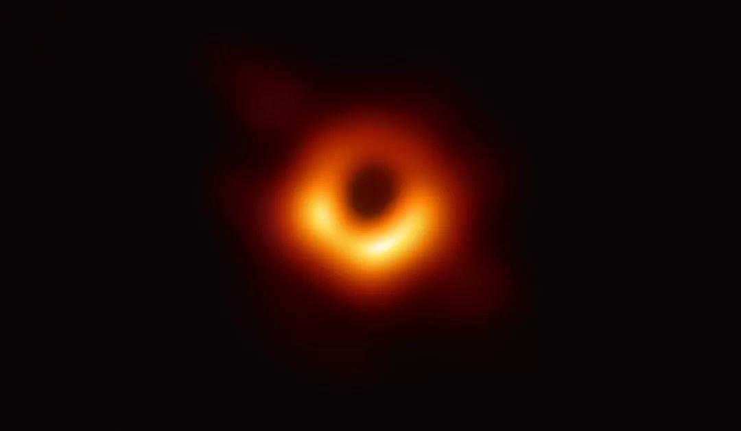 天文学家公布最新黑洞照片!为揭开黑洞喷流之谜提供重要线索