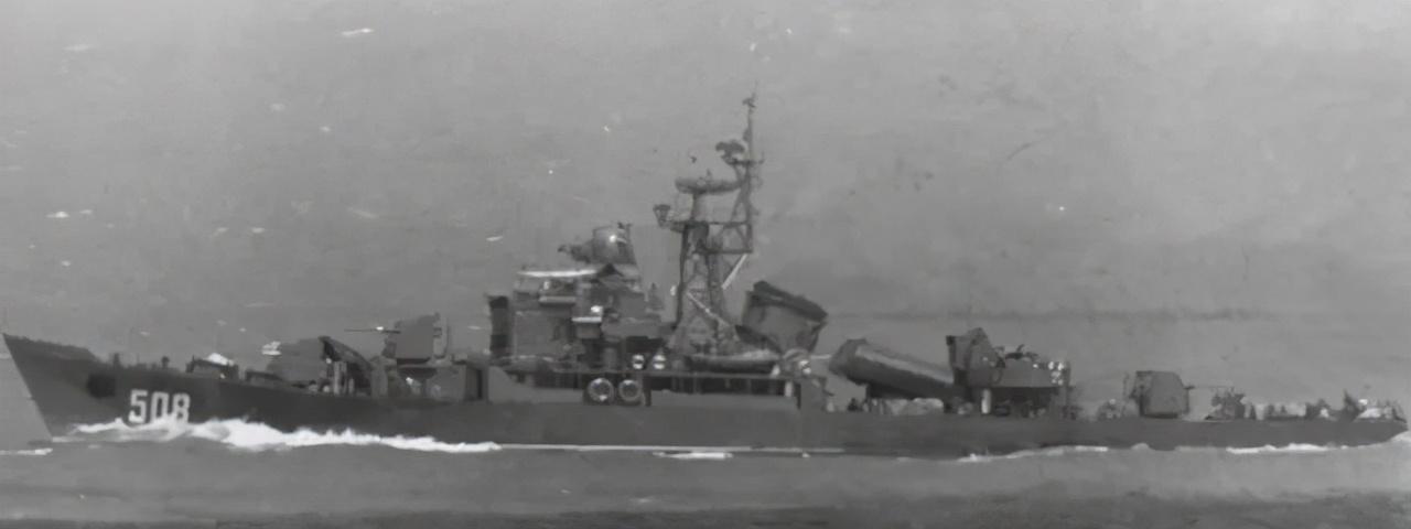 """海峡两岸那些""""撞名""""的军舰,太原号、昆明号都被台湾抢占了"""
