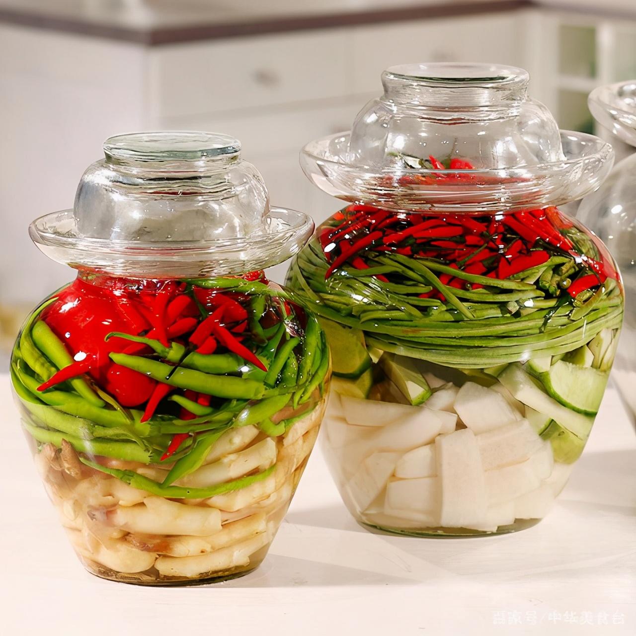"""韩国泡菜和中国泡菜,谁是真的泡菜?专家:关键是在""""泡""""字上"""