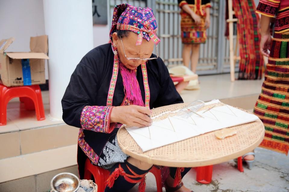 海南:9月推出近百场惠民活动   春风村雨提升群众幸福感