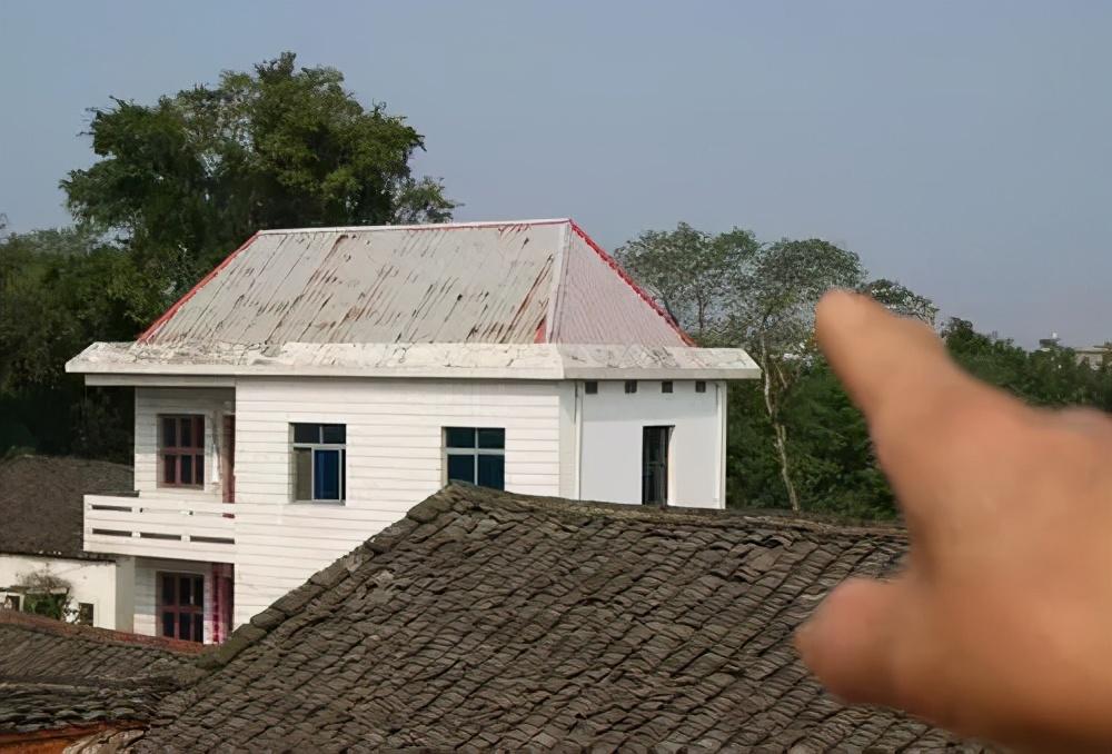 贺雪峰:何必与农民宅基地过不去