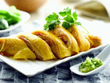 粤式白切鸡的正宗做法步骤图 鸡肉嫩滑还弹牙