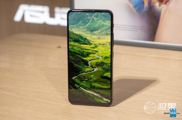 能转镜头设计,asus发布ZenFone 6旗舰机