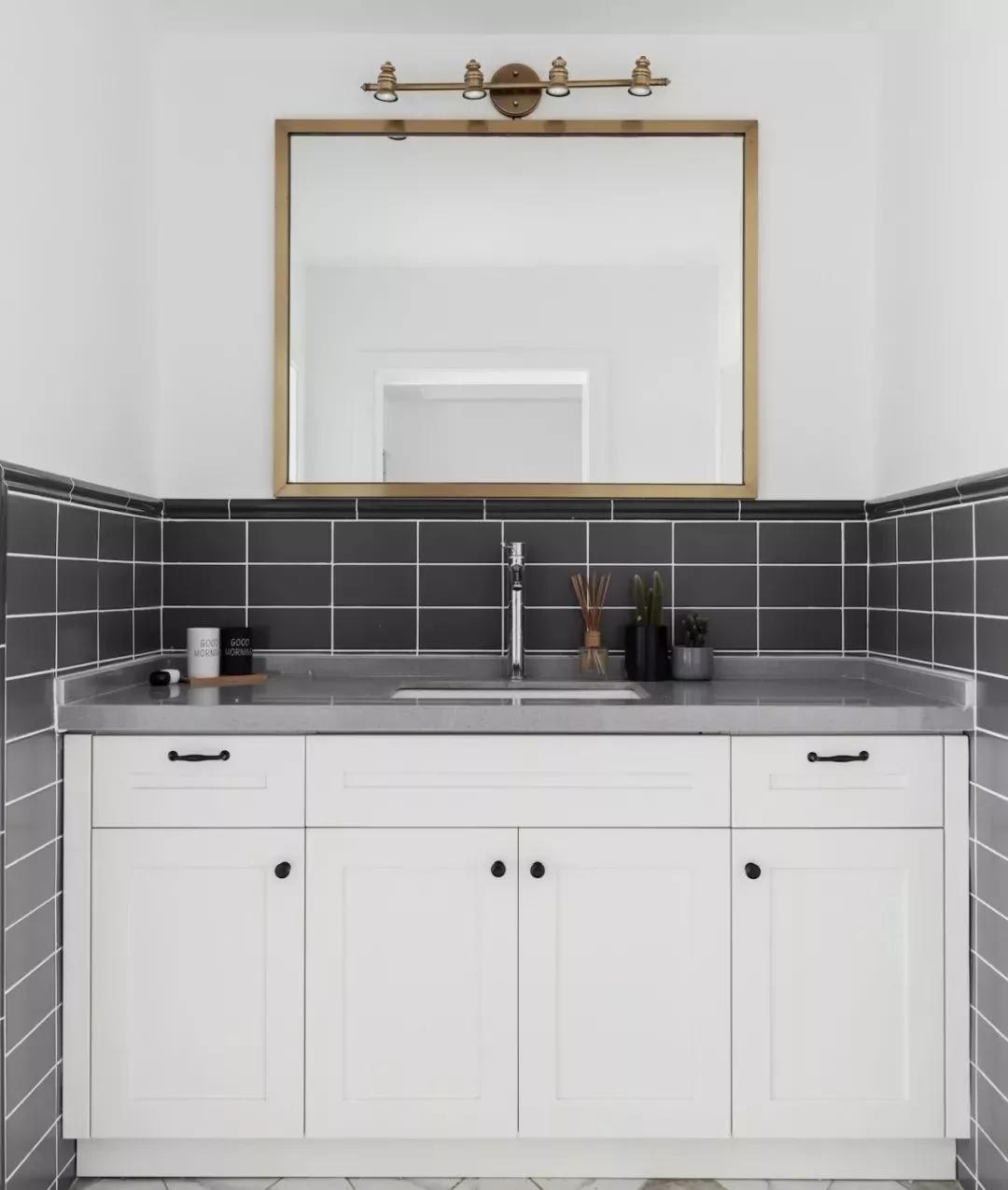 卫生间橱柜用2年就变形,业内人告诉你,这4大保养技巧要知道