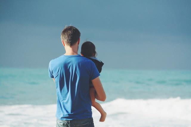 有个会做特效的老爸是怎样的体验呢?网友:童年大变样