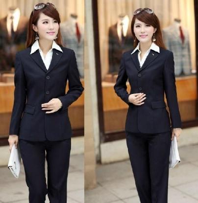 深圳polo衫定製:職業裝搭配出知性幹練品位