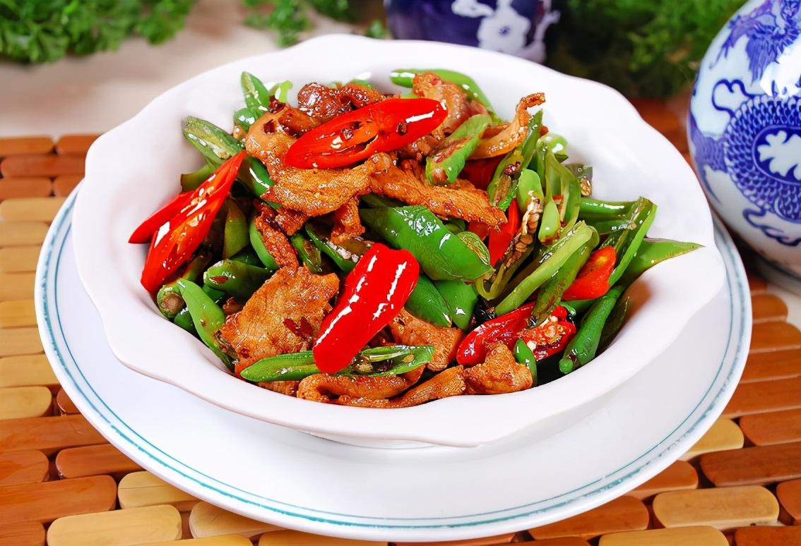 不管炒啥肉,别用盐淀粉腌制,换成4样调料,嫩滑可口,还不粘锅 美食做法 第6张