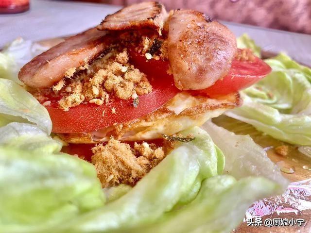 全网爆火的蔬菜三明治,搭配自制果蔬汁,有肉有蛋,减肥随便吃