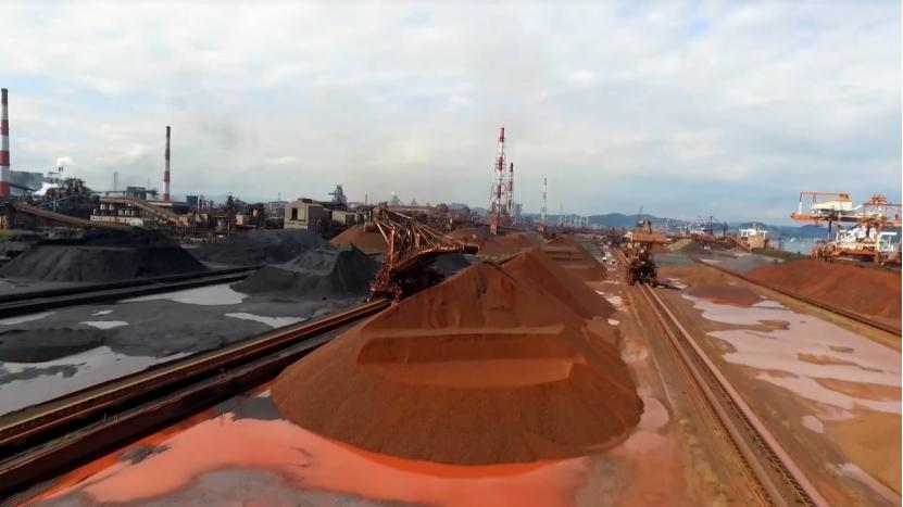 澳大利亚美梦落空!铁矿石跌破1000元/吨,50亿铁矿项目还遭叫停