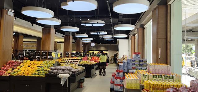 优化消费环境提升品质供给引领首府消费升级助力百姓美好生活