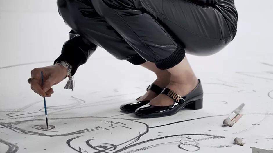 高跟鞋中的经典:玛丽珍鞋,女人逃不过的魔力鞋子