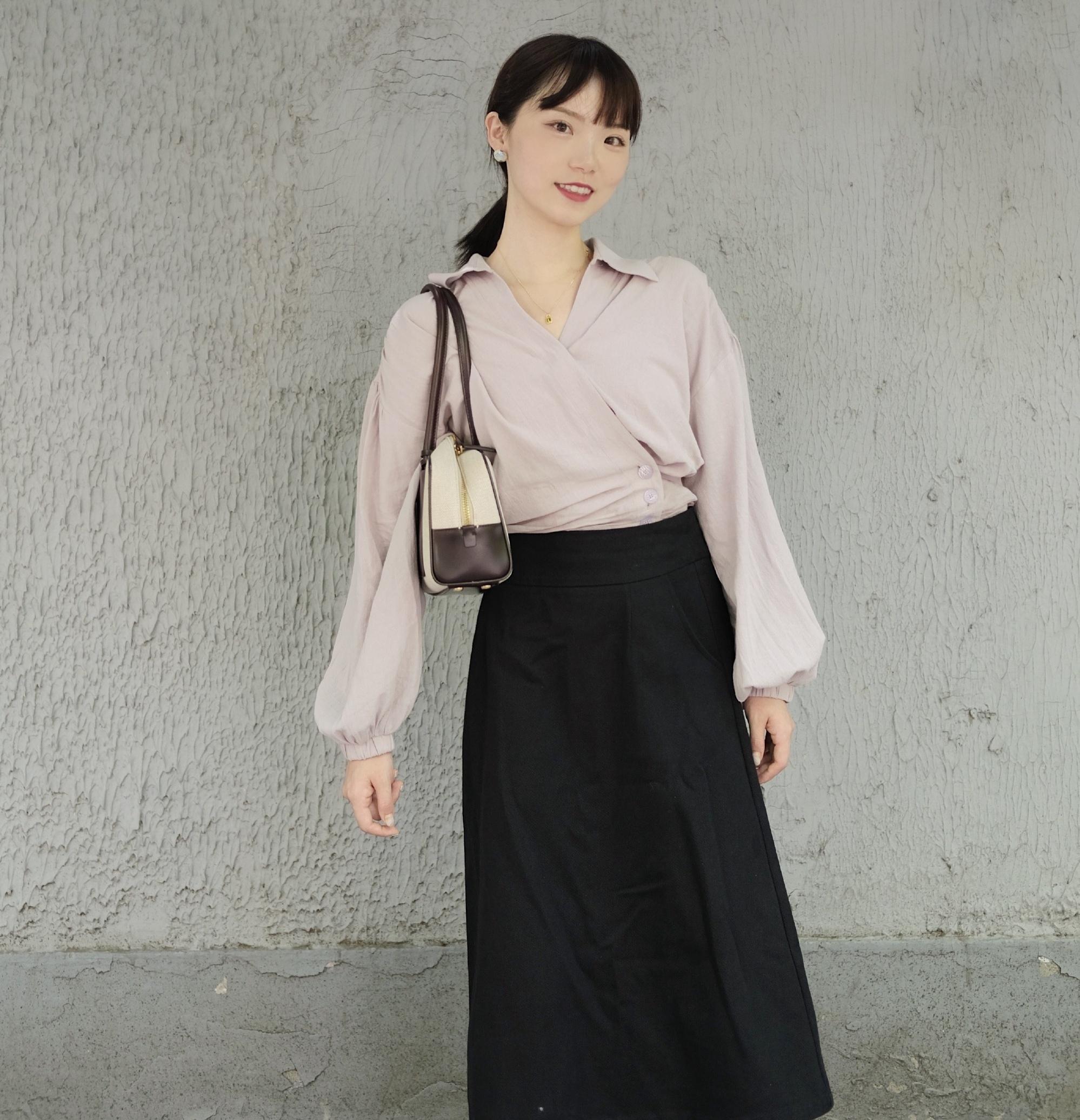 更适合成熟女性的知性优雅穿搭法,优雅衬衣+清新文艺