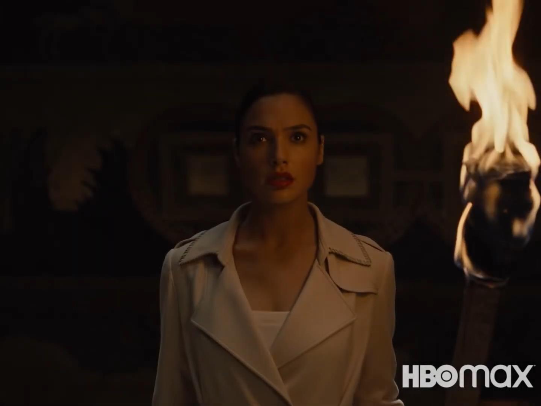《正义联盟》导剪版终极预告 亚兰戈和火星猎人登场