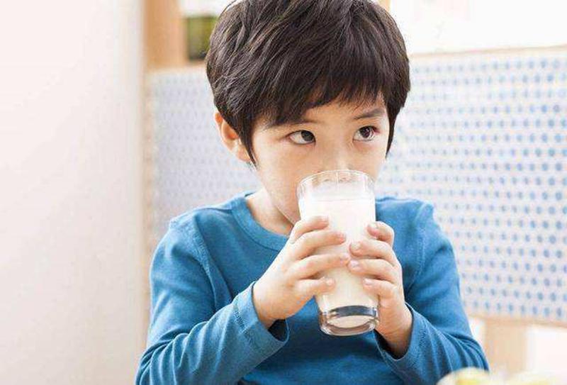 """孩子营养没跟上,身体会主动释放""""信号"""",家长都要看得懂"""