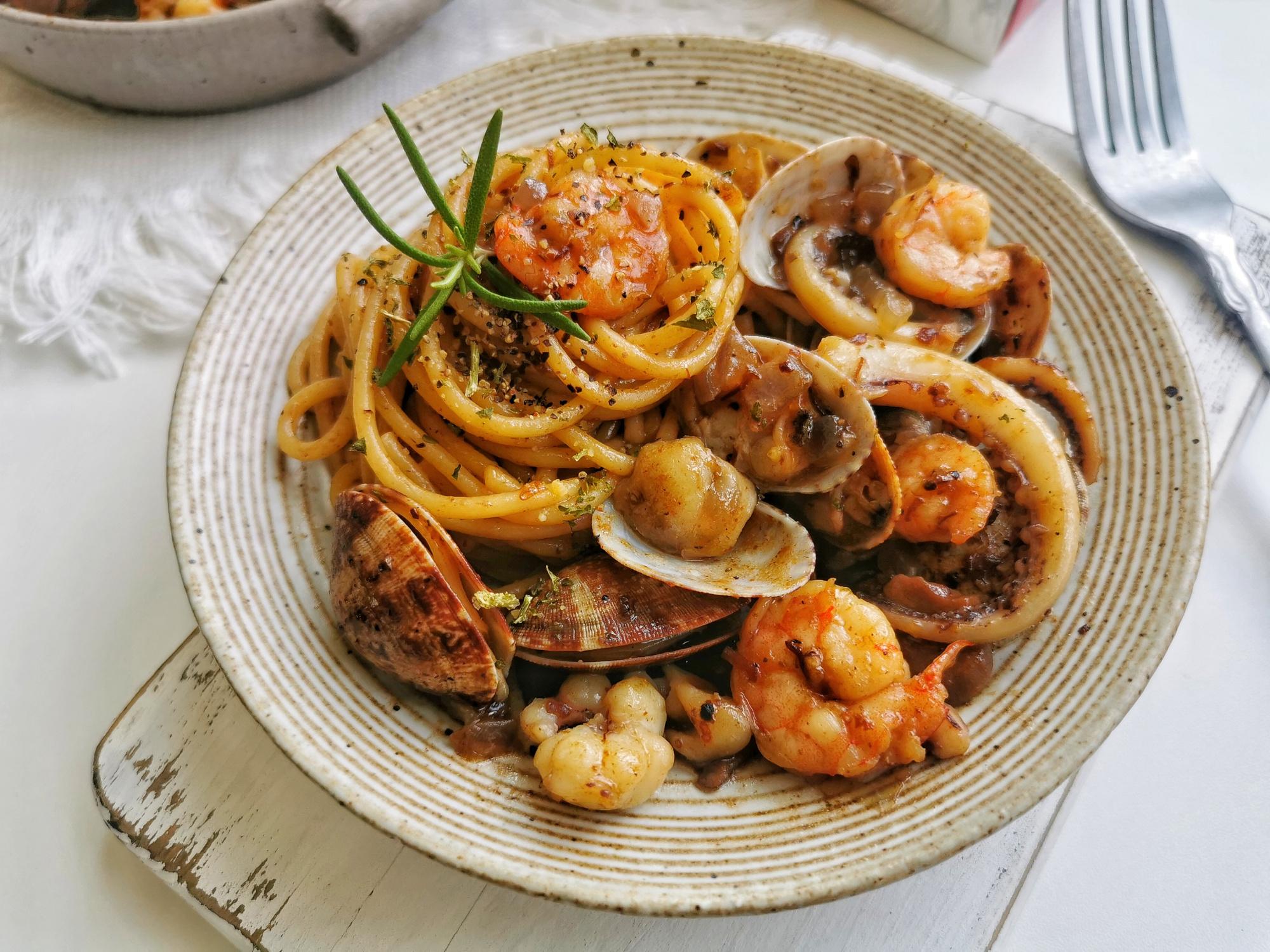 想吃意面别去西餐厅了,在家几步就搞定,美味实惠,太省钱了