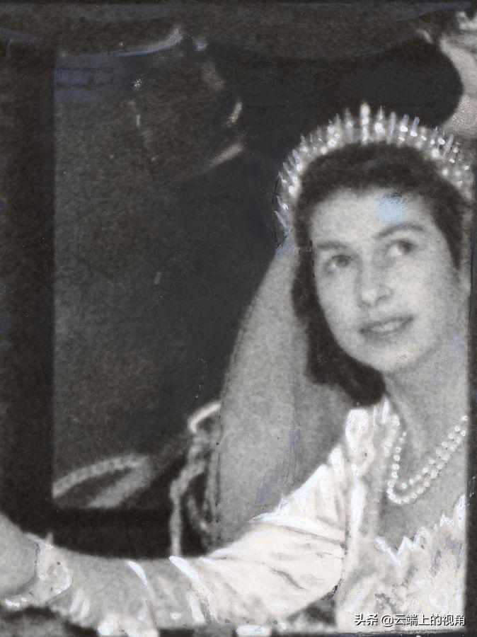 英国王室为何这么寒酸头冠只能借,一个头冠却隐藏这么多的规矩