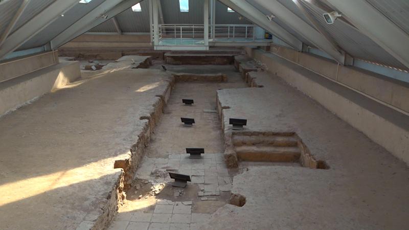 刘邦和吕后当年的卧室什么样子,半地下建筑,竟然修有逃生的通道