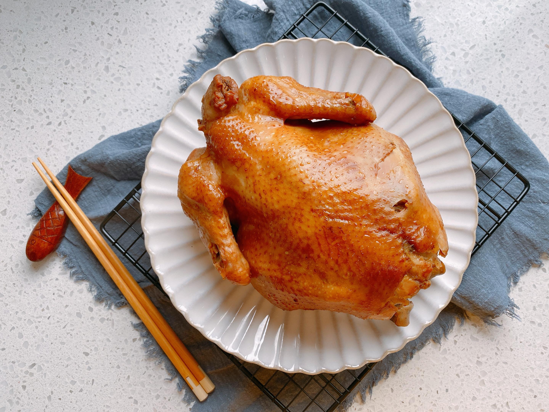 感恩節想吃烤雞用電飯鍋就能做,不放油不放水,鮮嫩多汁軟爛入味