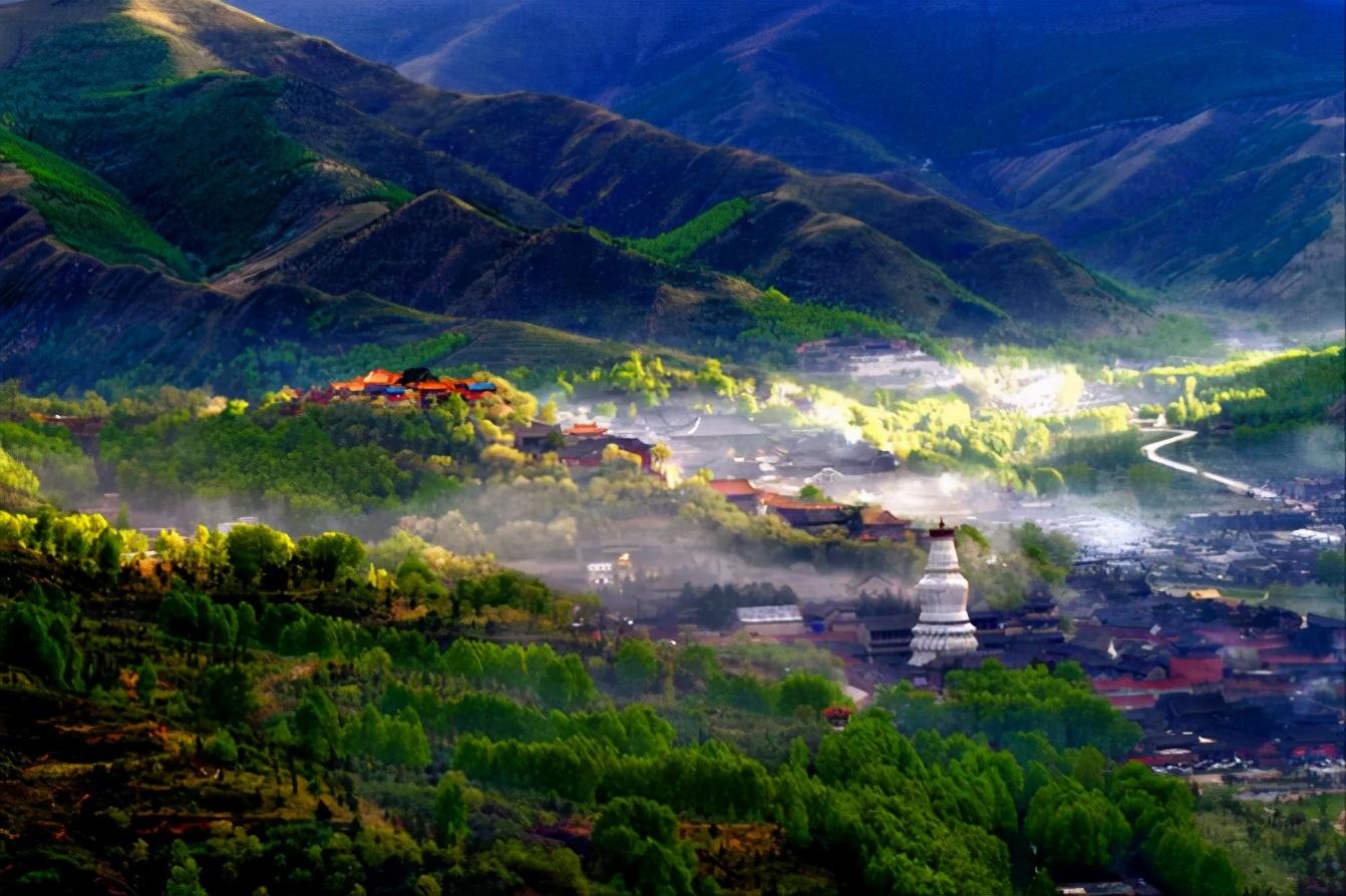 探访五台山景区,夏季游玩的避暑胜地,适合全家出游
