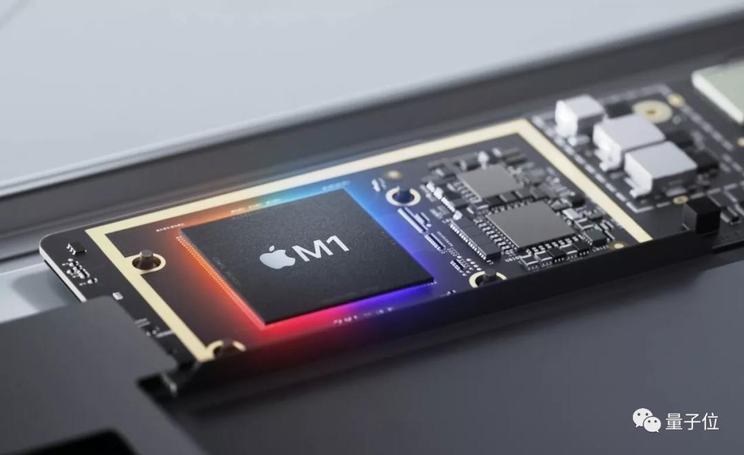 """""""光名字就想了一年"""",苹果三位高管谈M1芯片"""