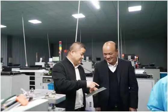 湖北省石首市检察院深入企业走访,服务企业发展