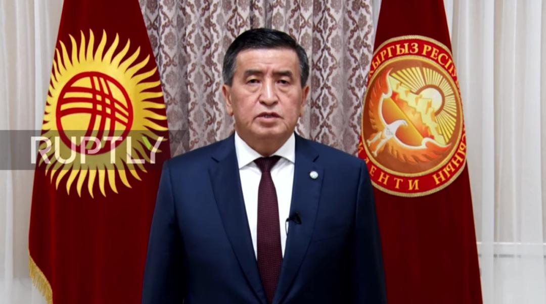 """""""南北冲突""""持续一周,吉尔吉斯斯坦总统去哪了?"""