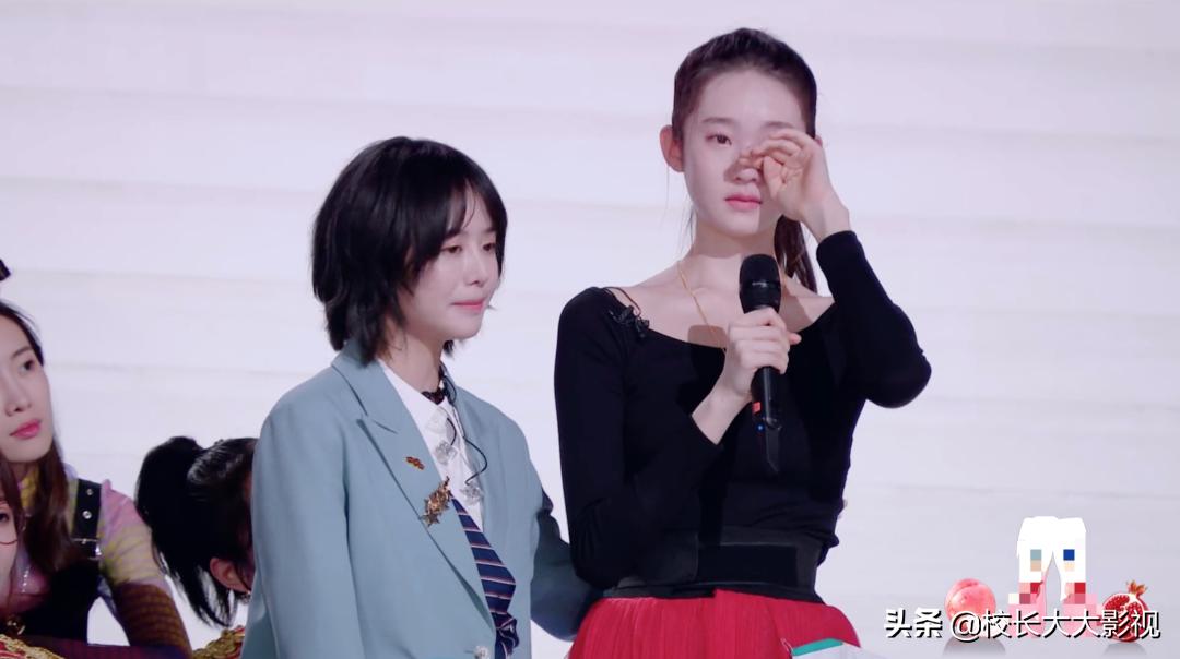 黄子韬发恐怖视频,随后删除道歉,评论区求粉丝别拉黑