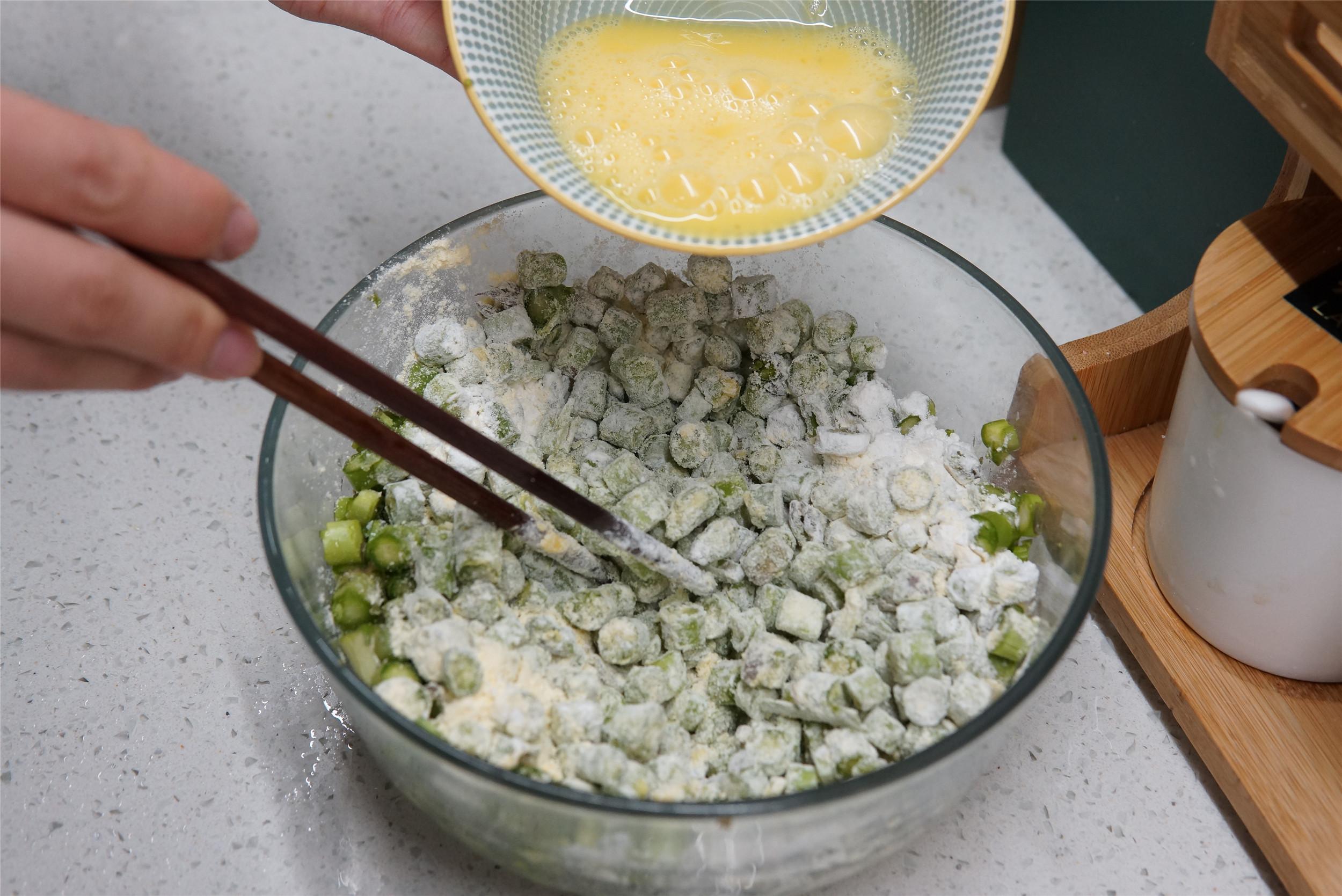 春天别忘了吃芦笋,硒含量媲美海鱼,每周吃2次,补充营养方便了 美食做法 第2张