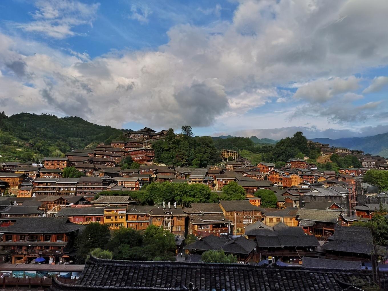 世界最大的苗族村寨,西江千户苗寨,旅游网红打卡点,美若繁星
