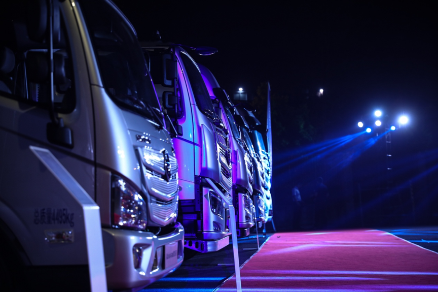 欧洲标准的公路航班亮相巴蜀!全新一代欧航R系列到底多强?