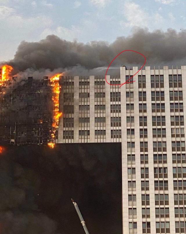 大连凯旋国际高层发生特大火灾,明火已泼灭所幸没有人员伤亡