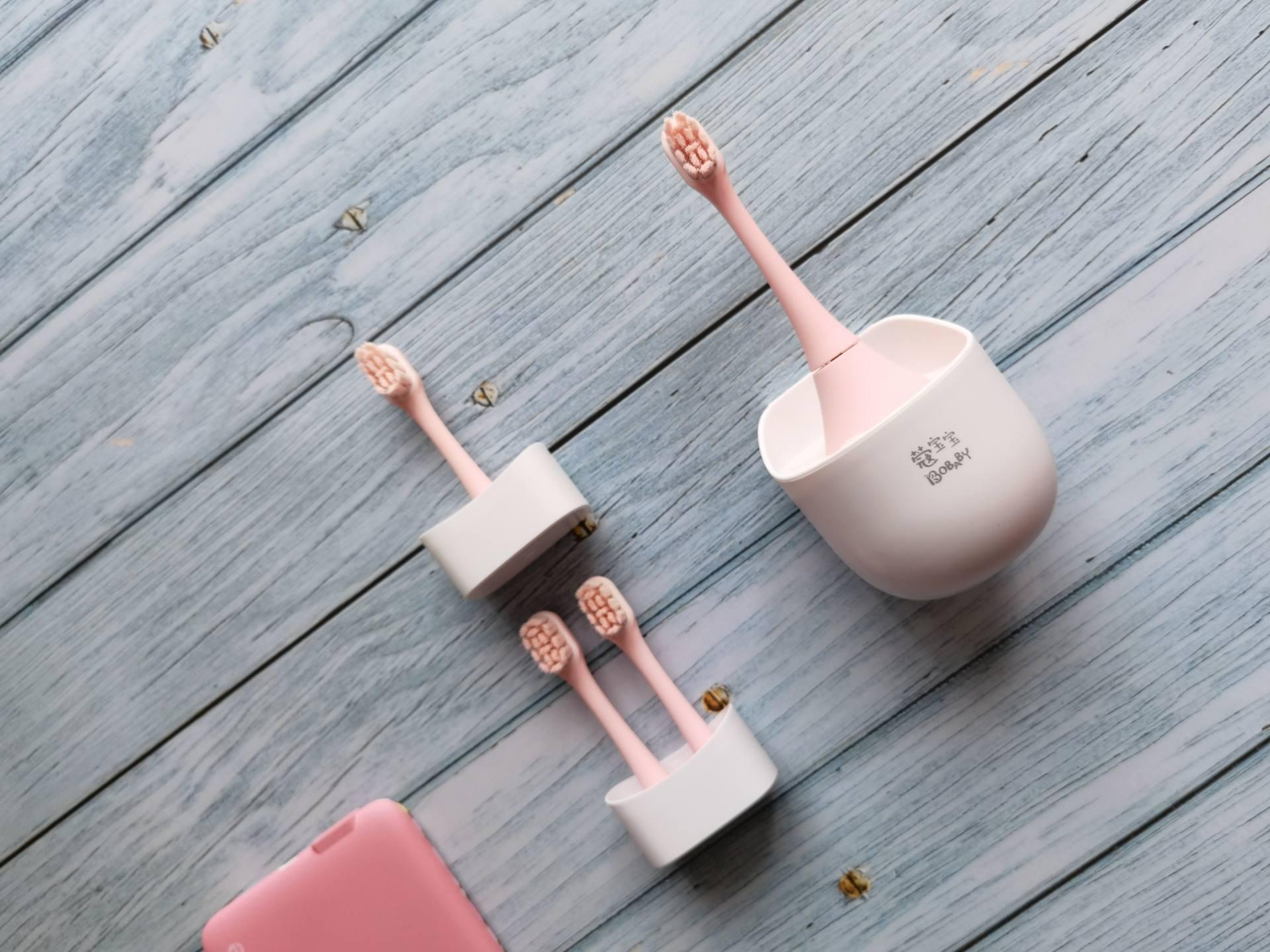 儿童电动牙刷怎么选?COMBO咸蛋超人联名款贴心呵护宝宝稚嫩牙齿