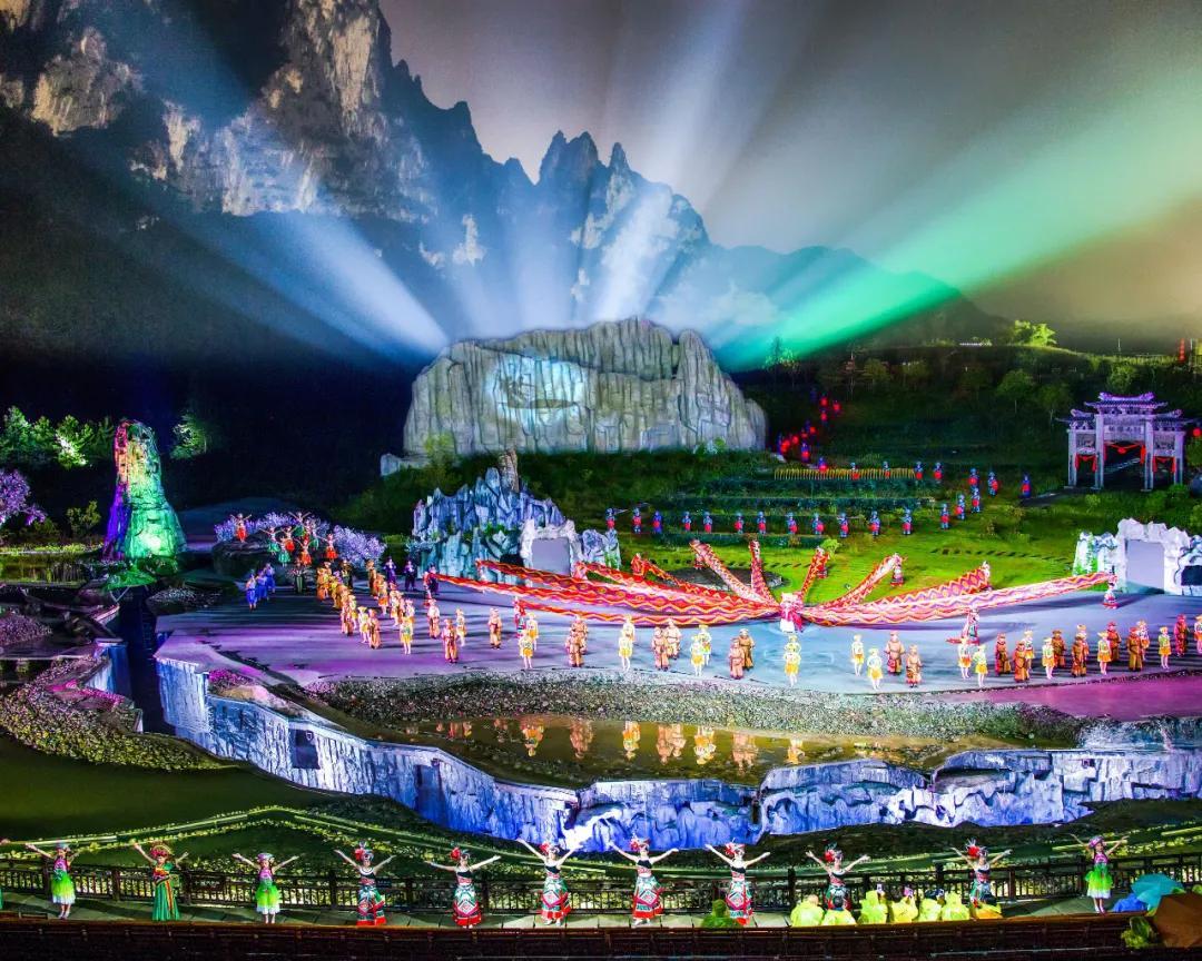 恩施大峡谷亮相中国旅游扶贫案例图片展