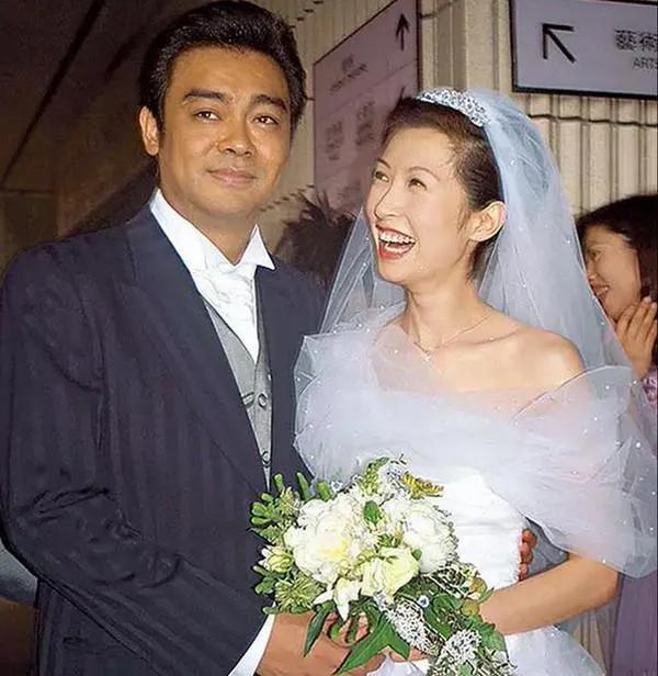 """""""下嫁""""日本两年,林志玲近照曝光:昔日女神竟过成这样"""