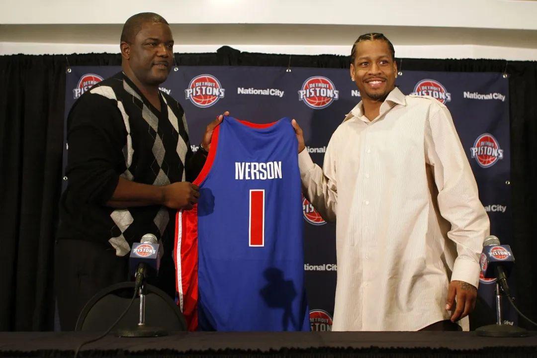 NBA被遗忘的五大交易提案:科比当年险些联手勒布朗
