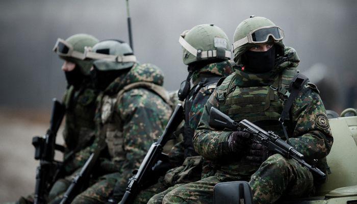 数十架美军战机蓄势待发,俄军要如何应对?战争已经不再遥远