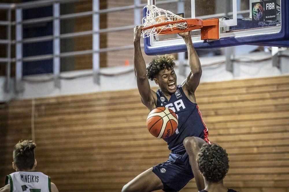 【影片】反手360度灌籃!模板是喬丹+Kobe的超新星,身體素質太炸了!-黑特籃球-NBA新聞影音圖片分享社區