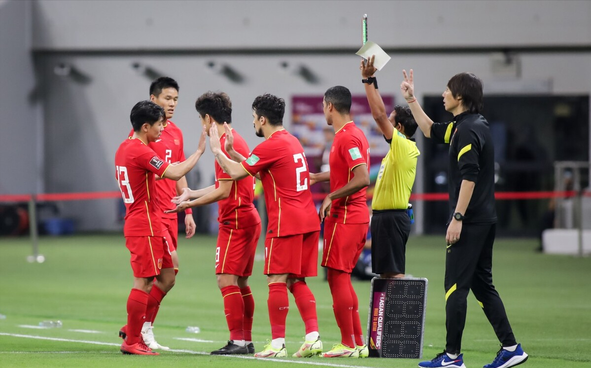 国足0:1日本,洛国富赛后采访一番话耐人寻味,李铁用人遭质疑
