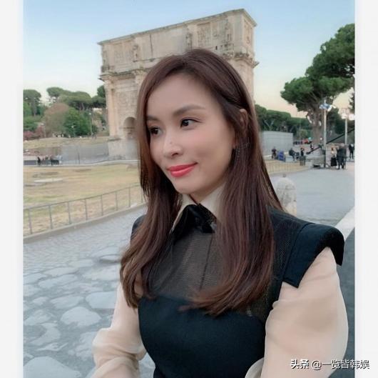 27岁时与张东健因戏生情相恋 结婚10年儿女双全 高小英成人生赢家