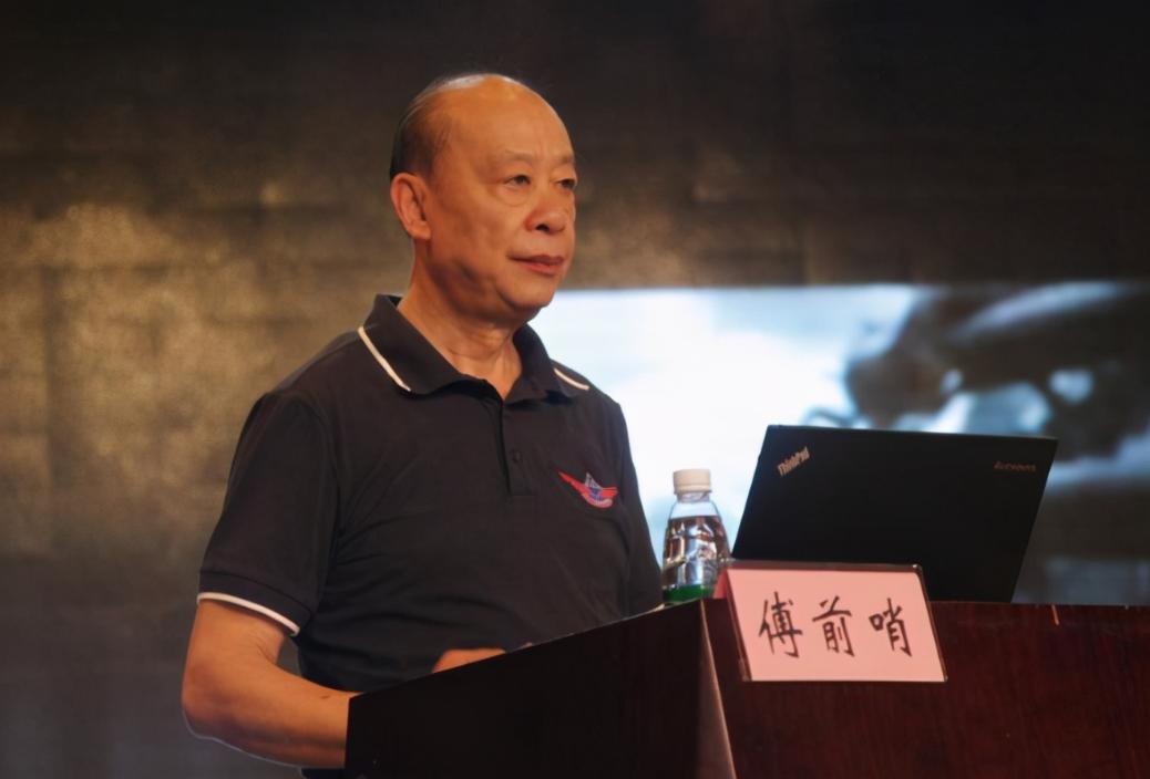 """解放军远程巡航""""常态化"""",日韩不满发牢骚,中国专家:你们得尽快适应"""