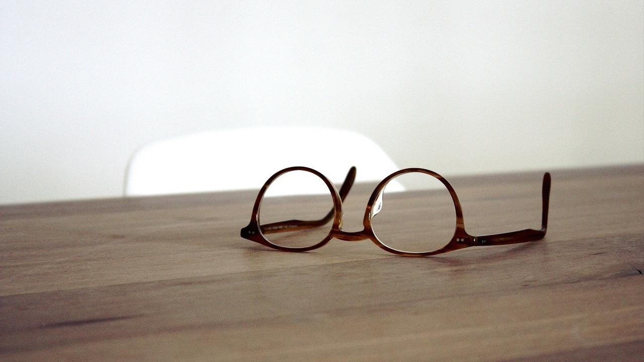 眼镜商家社交电商如何激励用户主动分享商品?