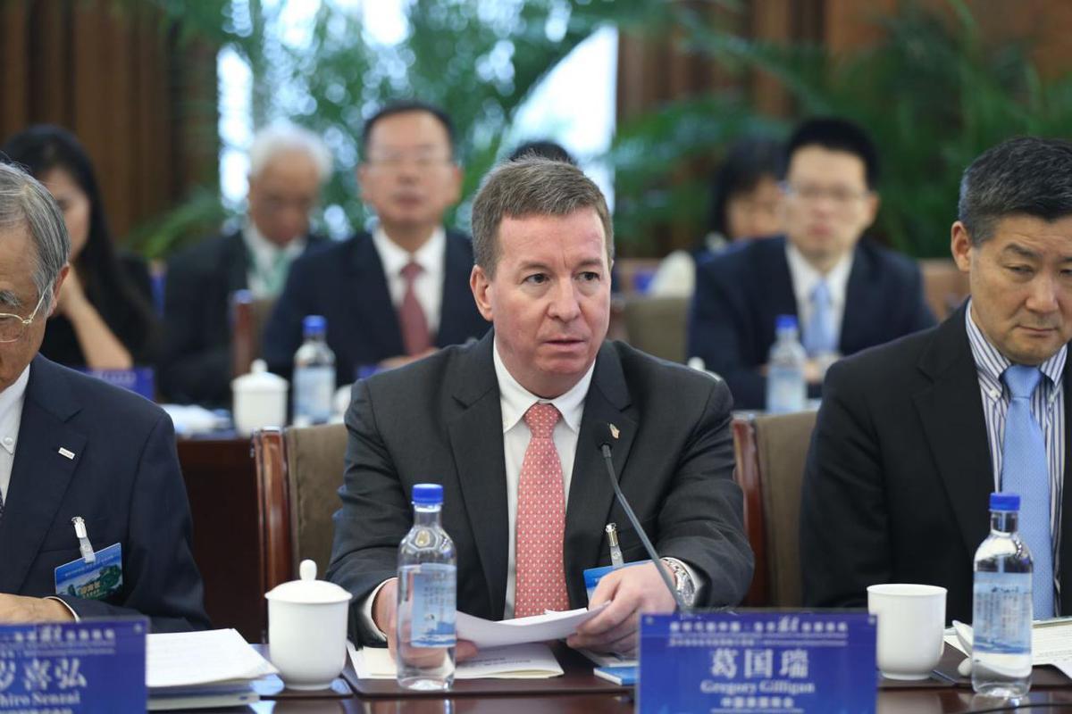 美国商会一再劝说拜登重新考虑与中国的关系,美国目前承担不起后果