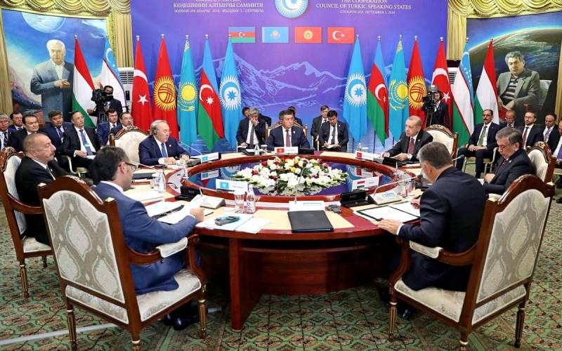 """埃尔多安的目标,架空独联体,建立中亚北约的""""大突厥主义联盟"""""""