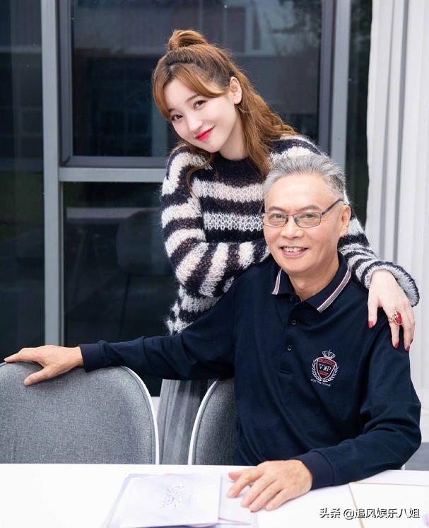 《女儿们的恋爱》:金晨和爸爸相处引发共鸣!金莎爸爸太真实