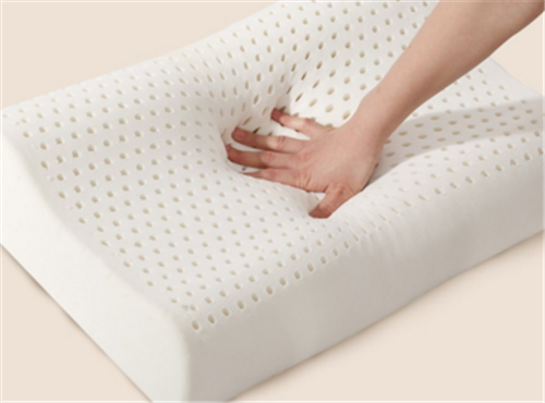What is the most comfortable size of the pillow and what material is the pillow made of