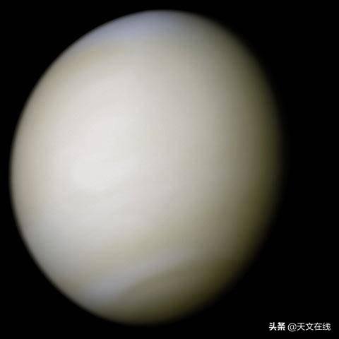 定好您的闹钟,今晚挑战新月,遇见金星之美