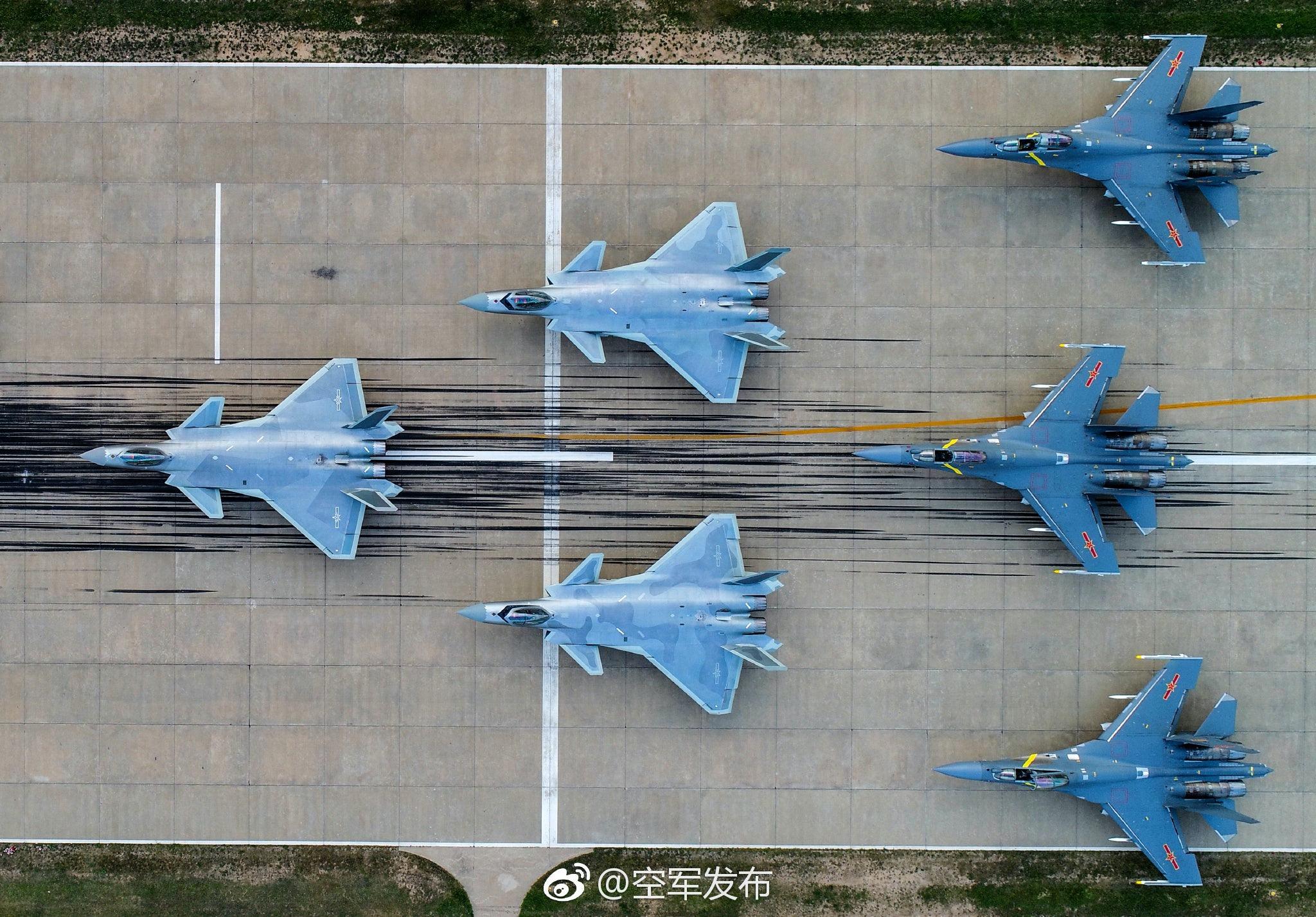 中国手中的牌多俄罗斯的牌少,中国能对抗的复杂环境比俄罗斯更多