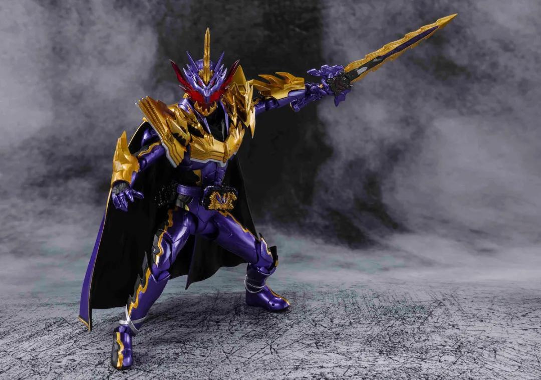 SHF正式推出假面骑士王剑邪王飞龙形态