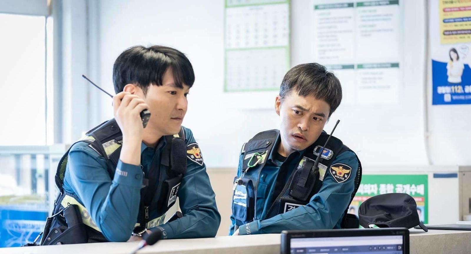 吕珍九申河均《怪物》首播,《新世界》气象,破案剧版谁是小红袄