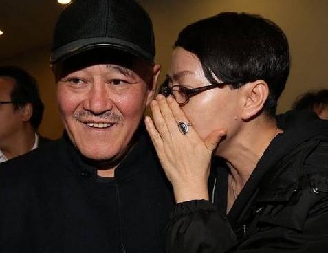 惊呆了!60岁宋丹丹自曝首次约会就接吻,认识28天就闪电结婚
